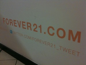Forever21.com sign
